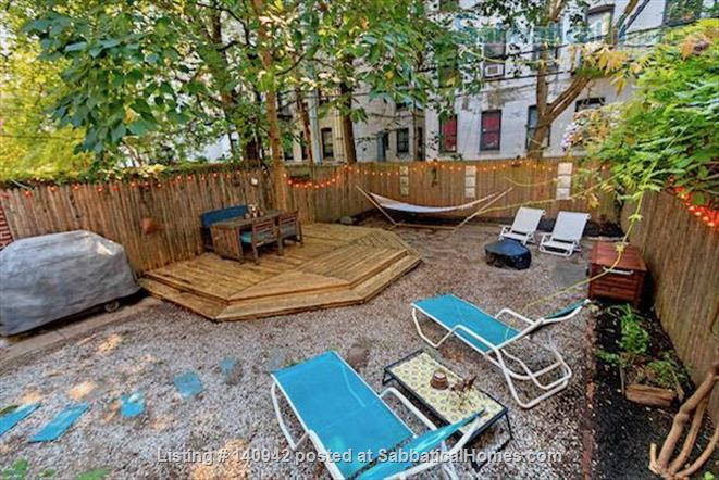 Elegant Furnished City House w/ Private Parking & Backyard Home Rental in Prospect Lefferts Gardens, New York, United States 9