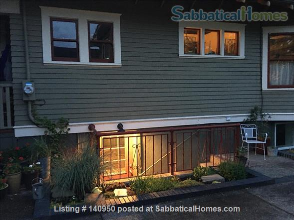 Clean Comfortable 2 BR Apartment in Quiet Northeast Portland Neighborhood Home Rental in Portland, Oregon, United States 2