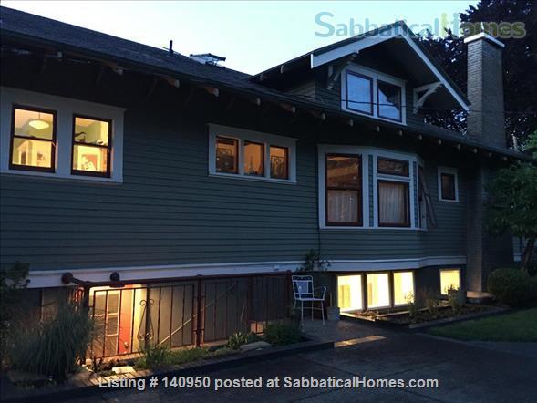 Clean Comfortable 2 BR Apartment in Quiet Northeast Portland Neighborhood Home Rental in Portland, Oregon, United States 3