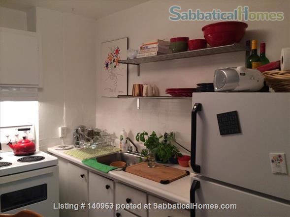 Charming Apartment in Mile-End Home Rental in Montreal, Quebec, Canada 3