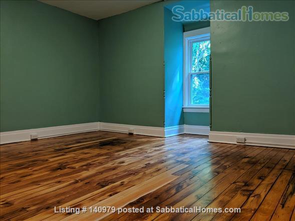 Newly renovated 4 bdrm house with hardwood Home Rental in Pittsburgh, Pennsylvania, United States 2