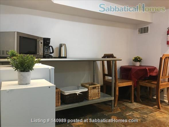 Private entrance 2 BD in vibrant Leslieville, near Ryerson, UofT Home Rental in Toronto, Ontario, Canada 6