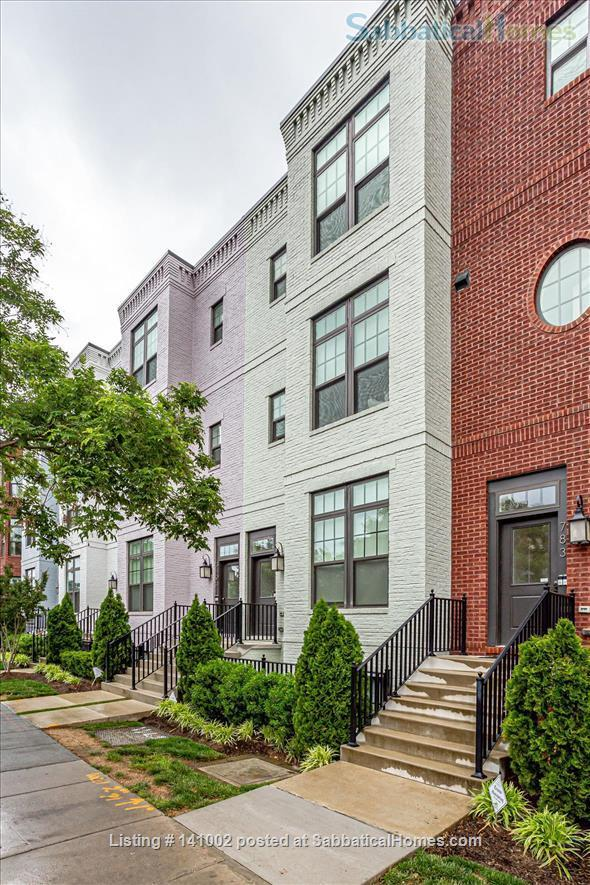 Townhouse (3 bedroom, 2.5 BA) for rent in Columbia Heights  Home Rental in Washington, District of Columbia, United States 0