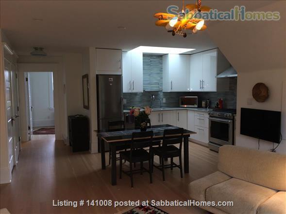 Contemporary, spacious, bright, quiet apartment in lively Commercial Dr Neighbourhood Home Rental in Vancouver, British Columbia, Canada 4