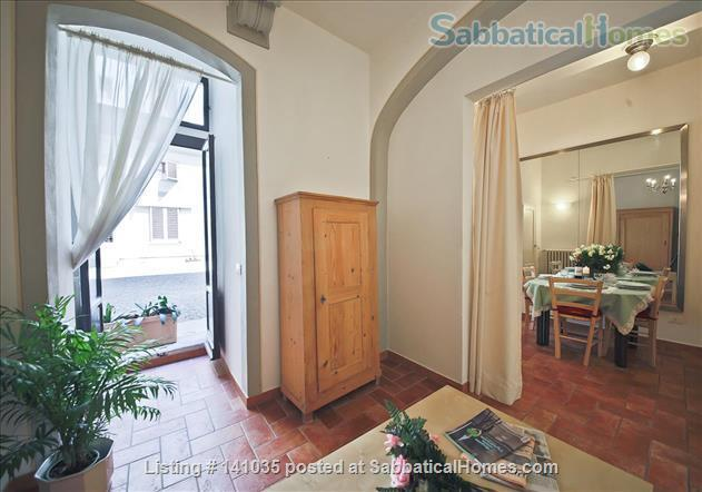 Central Apartment in Florence - Piazza Indipendenza/SMN station Home Rental in Firenze, Toscana, Italy 2