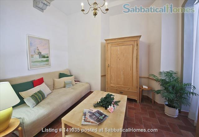 Central Apartment in Florence - Piazza Indipendenza/SMN station Home Rental in Firenze, Toscana, Italy 3