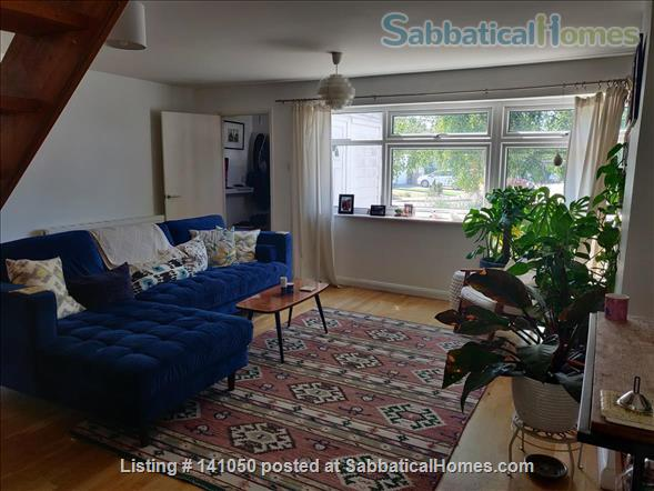 Bright, Plant-Filled 4 Bedroom Near the Coast Home Rental in Wivenhoe, England, United Kingdom 1