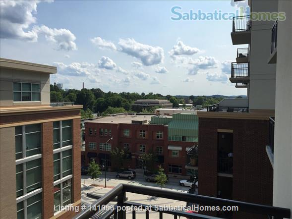Lovely 2-bedroom, 2 bath Condo in the heart of Chapel Hill Home Rental in Chapel Hill, North Carolina, United States 1