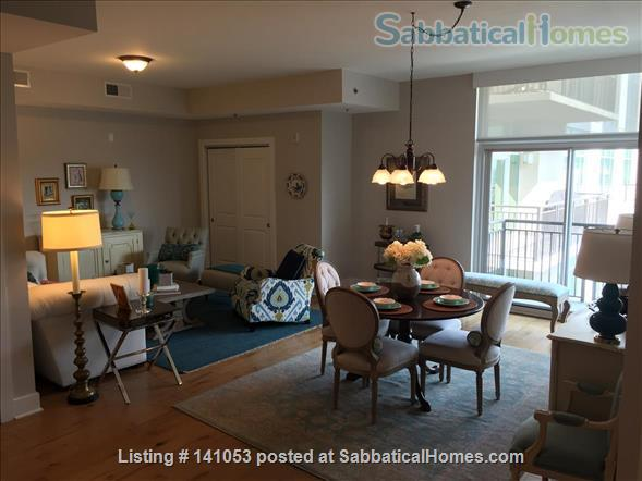 Lovely 2-bedroom, 2 bath Condo in the heart of Chapel Hill Home Rental in Chapel Hill, North Carolina, United States 0