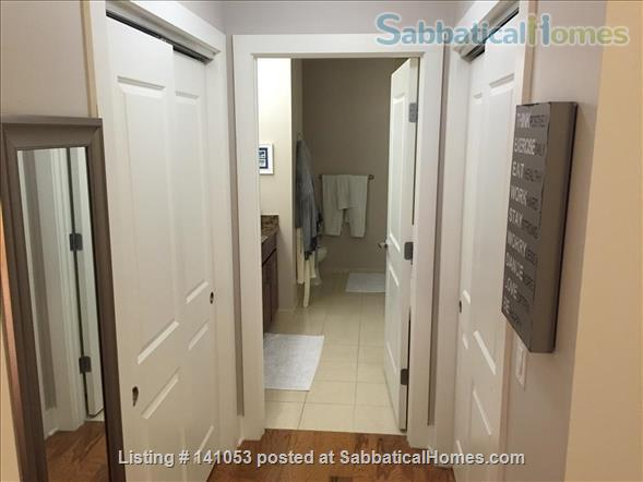 Lovely 2-bedroom, 2 bath Condo in the heart of Chapel Hill Home Rental in Chapel Hill, North Carolina, United States 5
