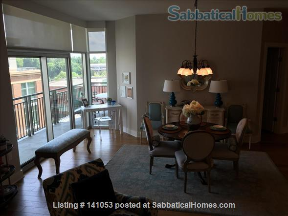 Lovely 2-bedroom, 2 bath Condo in the heart of Chapel Hill Home Rental in Chapel Hill, North Carolina, United States 7
