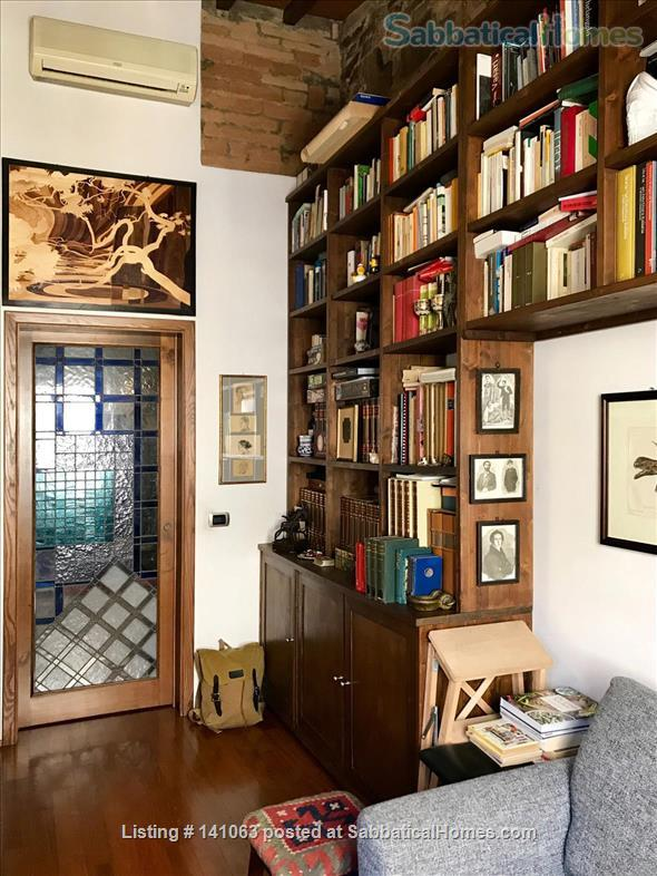 Bright apartment in city center Home Rental in Firenze, Toscana, Italy 4