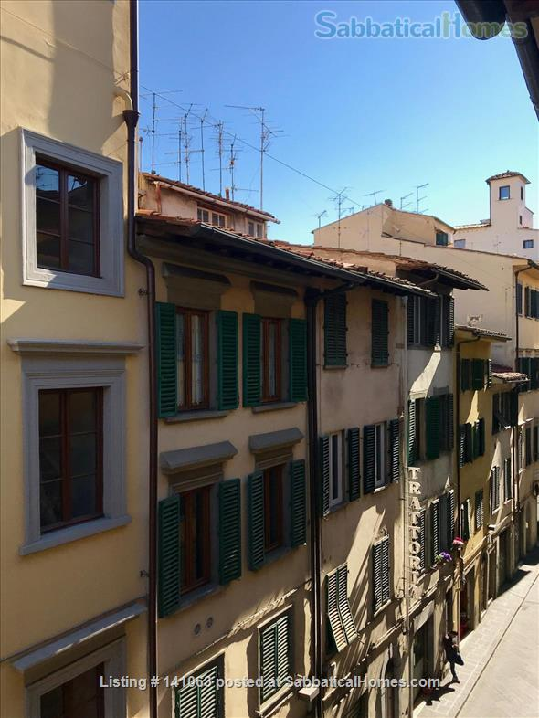 Bright apartment in city center Home Rental in Firenze, Toscana, Italy 6