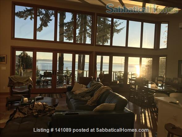 Puget Sound beach front home Home Rental in Suquamish, Washington, United States 1
