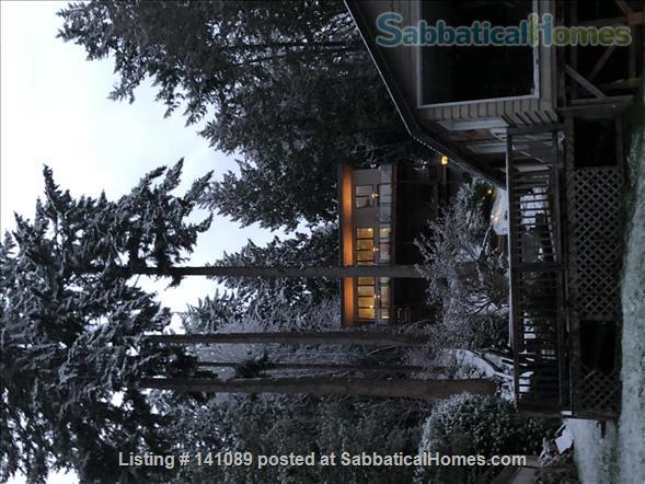 Puget Sound beach front home Home Rental in Suquamish, Washington, United States 3