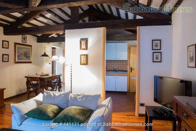 Apt in the very center of Padova Home Rental in Padova, Veneto, Italy 4