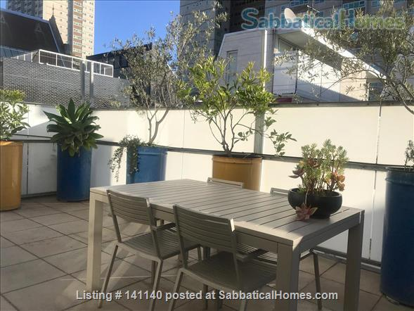 Walk everywhere!  Lovely large sunny home in gorgeous Fitzroy. Home Rental in Fitzroy, VIC, Australia 4