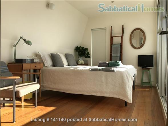 Walk everywhere!  Lovely large sunny home in gorgeous Fitzroy. Home Rental in Fitzroy, VIC, Australia 5