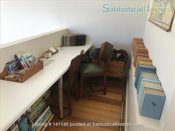 Walk everywhere!  Lovely large sunny home in gorgeous Fitzroy. Home Rental in Fitzroy, VIC, Australia 6