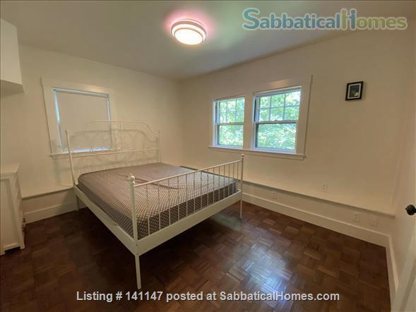Charming fully furnished one bedroom Brookline apartment on a quiet street Home Rental in Brookline, Massachusetts, United States 3