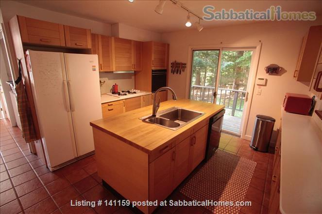 Beautiful lakefront home 20 min from Northampton Home Rental in Goshen 3