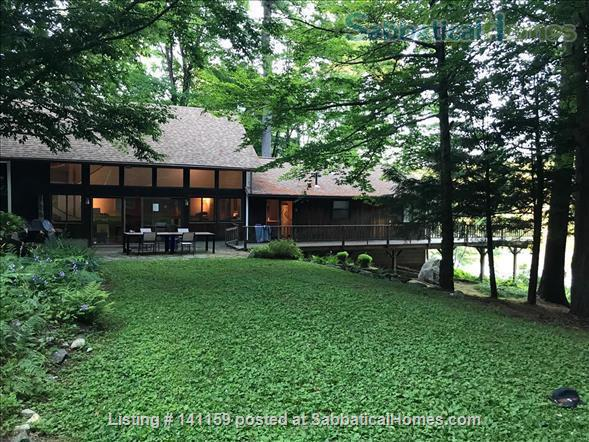 Beautiful lakefront home 20 min from Northampton Home Rental in Goshen 6