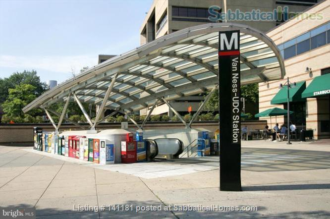 Large Furnished 1BR condo w/sunshine, parking on Red Line near AU Home Rental in Washington, District of Columbia, United States 7