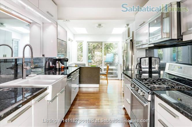Silverlake Hills Retreat Home Rental in Los Angeles, California, United States 5