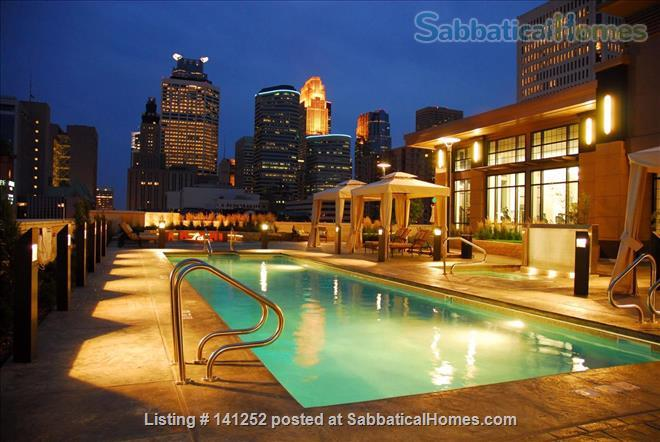 Furnished 2+Den with Skyline views in Downtown Minneapolis  Home Rental in Minneapolis, Minnesota, United States 9