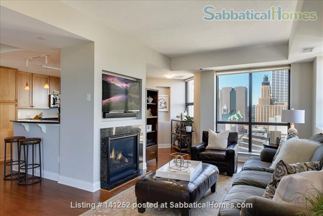 Furnished 2+Den with Skyline views in Downtown Minneapolis  Home Rental in Minneapolis, Minnesota, United States 1