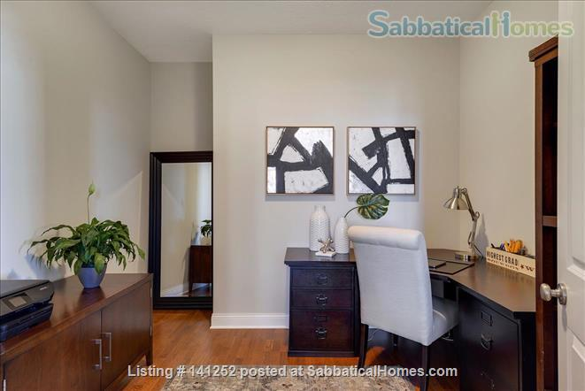 Furnished 2+Den with Skyline views in Downtown Minneapolis  Home Rental in Minneapolis, Minnesota, United States 6