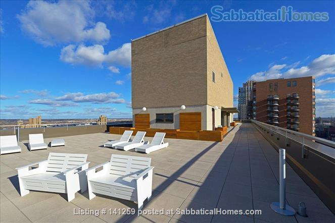 Fully Renovated 1BR in Gateway District, steps from Hennepin Ave Bridge Home Rental in Minneapolis, Minnesota, United States 8