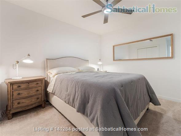 2BR+Den Condo with amazing finishes and view close to U of M: West Bank Home Rental in Minneapolis, Minnesota, United States 5