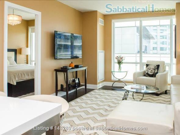 2 bd 2bth @ TIFF 5 star Festival Tower  Home Exchange in Toronto, Ontario, Canada 0