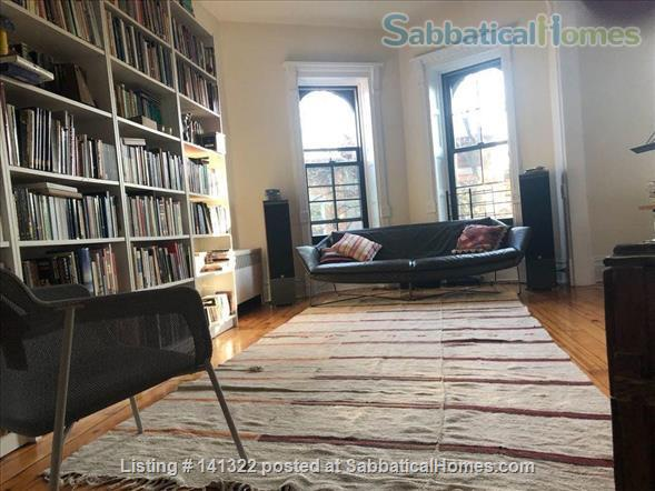 Beautiful, sunny, spacious 2.5-bedroom apartment in the center of Park Slope Home Rental in Park Slope, New York, United States 0