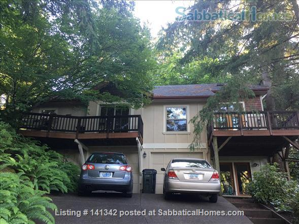 Elegant 3 level home in wooded garden setting 1.5 mi. from U of O Home Rental in Eugene, Oregon, United States 0
