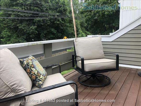 Concord: Furnished 1 bedroom condo - walk to commuter rail, shops, restaurants Home Rental in Concord, Massachusetts, United States 9