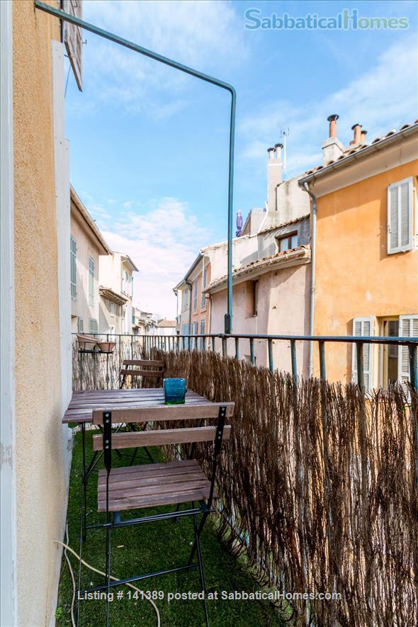 Le Van Loo 1 bedroom A/C balcony garage old town Home Rental in Aix-en-Provence, Provence-Alpes-Côte d'Azur, France 2