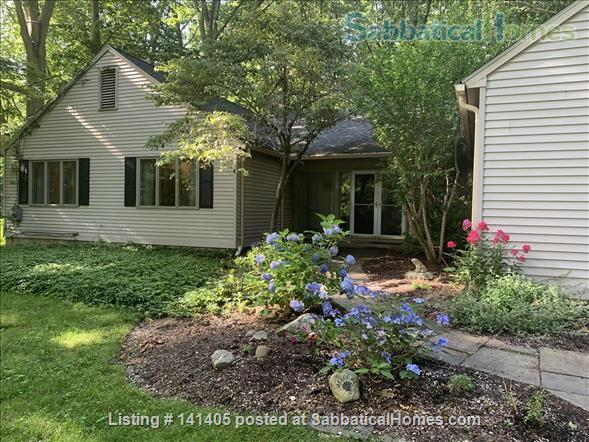 11 Coult Lane, Old Lyme, CT 06371  Home Rental in Old Lyme, Connecticut, United States 1