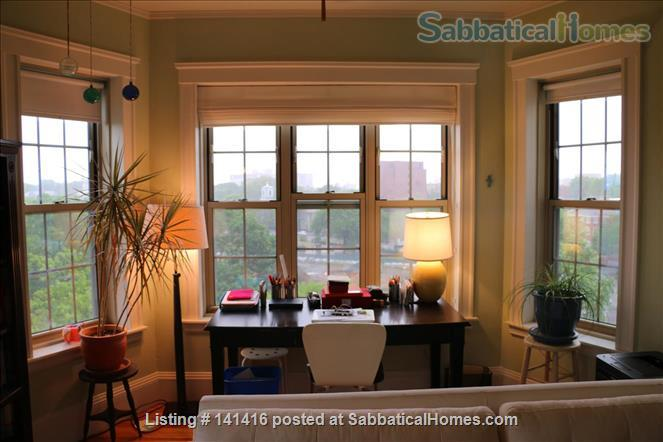 Large, cheerful, light-filled & charming 2-bedroom apartment (Harvard Square) Home Rental in Cambridge, Massachusetts, United States 2