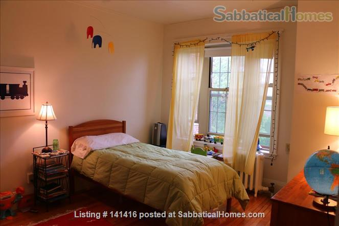 Large, cheerful, light-filled & charming 2-bedroom apartment (Harvard Square) Home Rental in Cambridge, Massachusetts, United States 3