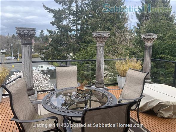 Chapman Street Loft - Close to Ocean, Park and Cook Street Village Home Rental in Victoria, British Columbia, Canada 3