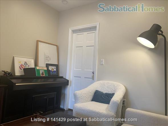 Large Apartment in North Brooklyn Home Rental in Greenpoint, New York, United States 2
