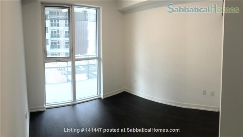 Brand-new waterfront apartment at Sugar Beach, the heart of downtown Toronto! Modern 2-bedroom 2-bathroom Condo Home Rental in Toronto, Ontario, Canada 6