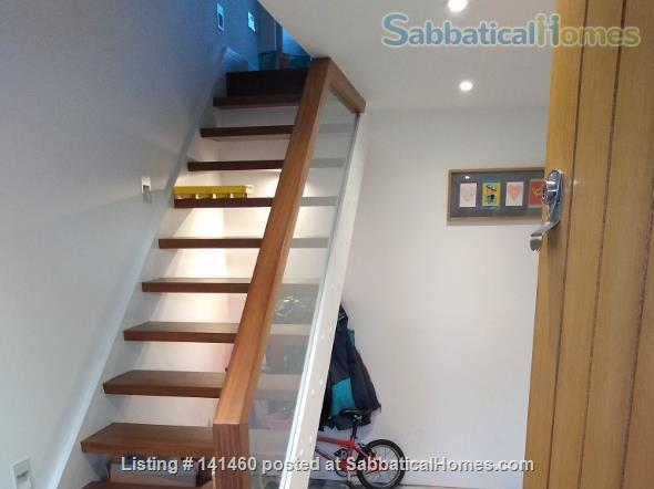 Modern  spacious 3 bedroom home in London Home Rental in Dulwich, England, United Kingdom 2