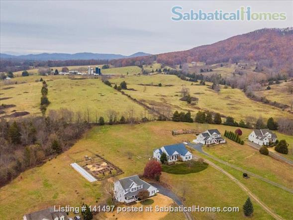 Beautiful 3 BD/3 BA North Garden home near Pippin Hill and UVA Home Rental in North Garden, Virginia, United States 9