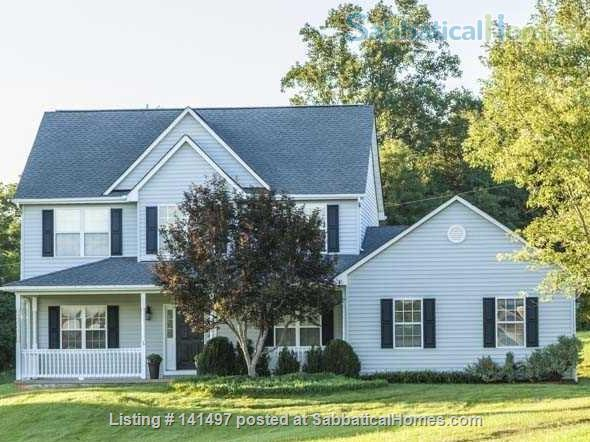 Beautiful 3 BD/3 BA North Garden home near Pippin Hill and UVA Home Rental in North Garden, Virginia, United States 1
