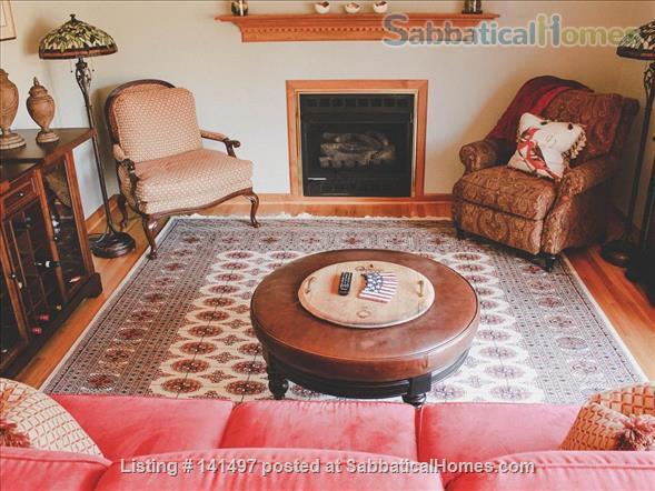 Beautiful 3 BD/3 BA North Garden home near Pippin Hill and UVA Home Rental in North Garden, Virginia, United States 7