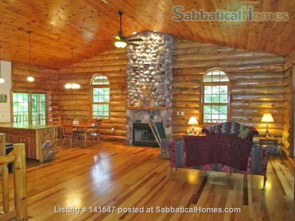 Beautiful Log River Home  20 minute commute to Madison   Home Rental in Poynette, Wisconsin, United States 1