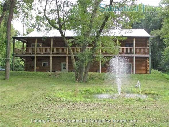Beautiful Log River Home  20 minute commute to Madison   Home Rental in Poynette, Wisconsin, United States 5